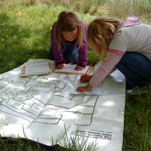Elever tegner søens smådyr